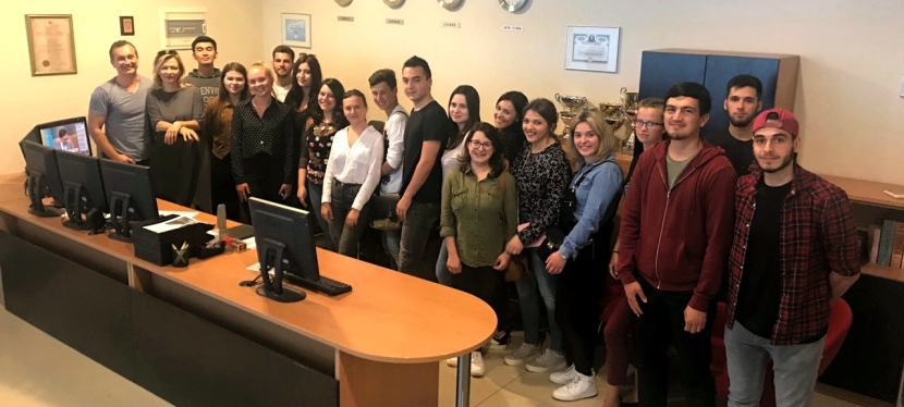 Erasmus students on forex education in Aureus Invest